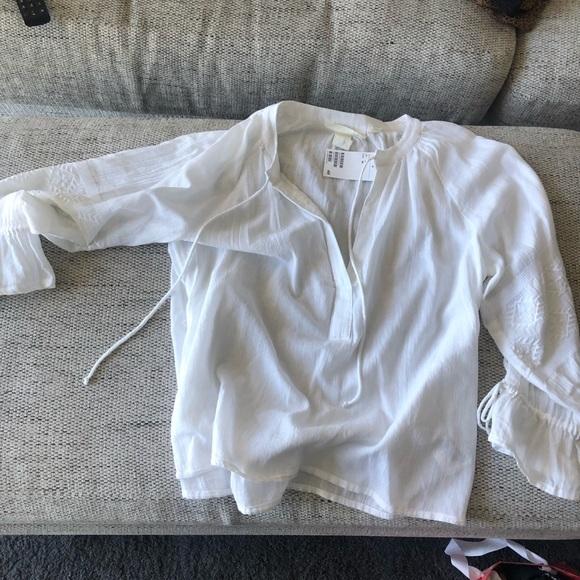 H&M white ruffle top
